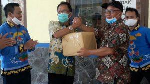 MB Beri Bantuan Rapid Tes dan Swab ke Pemkab Pesibar